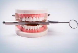 Co robić, aby protezy zębowe nie sprawiały problemów?
